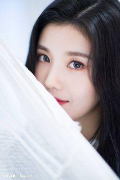 Photo album containing 7 pictures of Eunbi Yu Jin, Brave Girl, Woollim Entertainment, Japanese Girl Group, Kim Min, The Wiz, Selca, Saranghae, Suki