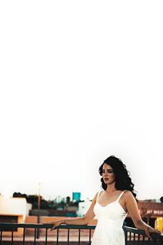 Photoshoot idea - balcony and sky Lana Del Rey