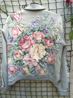 Gorgeous applique