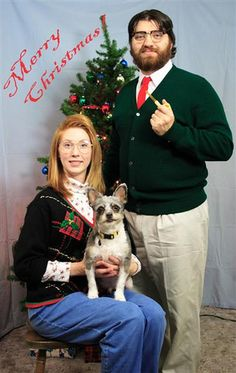 Ironic Christmas portraits! Can you say awkward family portraits??!