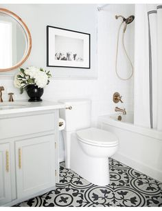 This Versatile Vintage Classic Is Back & In Bathrooms Everywhere Awesome Small White Bathrooms Inspiration