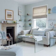 http://2.bp.blogspot.com/_hjLO3myE9wI/SwH5u6r3R7I/AAAAAAAADRY/St7mkNY0Cog/s1600/Small+living+Room+Interior+design+Minimalist+Inspiration_5.jpg