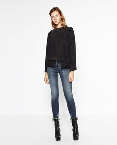 ZARA - WOMAN - MID-RISE FRAYED JEANS