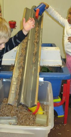 SAND AND WATER TABLES: August 2013