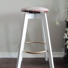 A DIY Bar Stool Makeover. Find out how this bar stool was transformed from drab to fab in just some simple steps. Before and after photos are included! Read on! Round Back Dining Chairs, Blue Velvet Dining Chairs, Bar Stool Makeover, Diy Bar Stools, Small Accent Chairs, Contemporary Dining Chairs, Bedroom Chair, House Design, Rooms