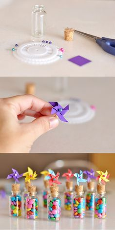Mini pinwheels as a birthday present -- Mini-Windräder als Geburtstagsgeschenk – Mini pinwheels as a birthday present – - Crafts For Teens, Crafts To Sell, Diy And Crafts, Luau Party, Birthday Party Favors, Birthday Souvenir, Diy Party, Party Gifts, Birthday Parties