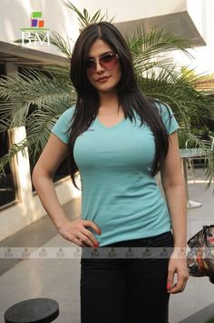 Zarine khan in tight top Beautiful Girl Indian, Most Beautiful Indian Actress, Beautiful Girl Image, Zarine Khan, Beautiful Bollywood Actress, Beauty Full Girl, Bollywood Fashion, Indian Beauty, Women