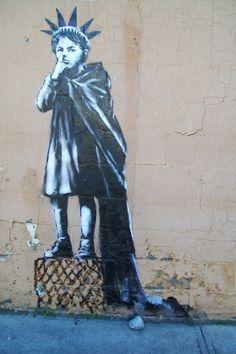 BY BANKSY...........SOURCE TUMBLR.COM.......... Arte Banksy, Banksy Graffiti, Urban Graffiti, Bansky, Best Street Art, 3d Street Art, Street Artists, Banksy Prints, Liberty Kids