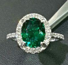 14kwhite emerald and diamond