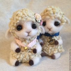 Needle Felted lambs by Anna Romanova  of Moscow, Russia