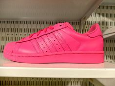 100% authentic eef82 f3a03 Les Superstar Pharell Williams  adidas roses! Superestrella, Guisantes,  Zapatos