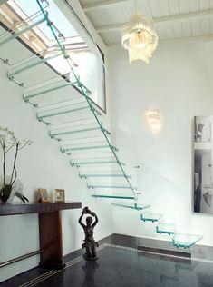 40 Luxury Glass Stairs Ideas - Modern Home Design Railing Design, Staircase Design, Glass Stairs, Floating Stairs, Traditional Staircase, New Staircase, Glass Balustrade, Modern Stairs, Stair Steps