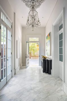 Chic home in New Orleans with a lot of great combinations of materials and styles - CAANdesign