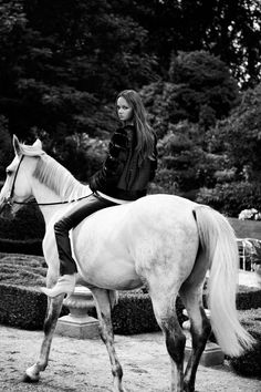 http://my-magazine.dk/wp-content/uploads/2015/08/White-Horse_6.jpg