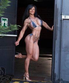 Great Abs www.OnlyRippedGirls.Com #Fitness #Gym #FitnessModel #Health #Athletic #BeachGirl #hardbodies #Workout #Bodybuilding