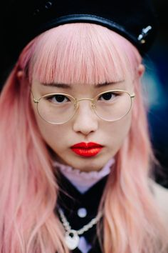 New hair pink red lipsticks Ideas Pink Red Lipstick, Red Lipsticks, Curled Hairstyles, Cool Hairstyles, New Hair, Your Hair, Good Dye Young, Female Character Inspiration, Model Face