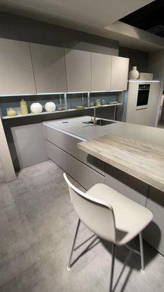 Luxury Kitchen Design, Kitchen Room Design, Kitchen Cabinet Design, Luxury Kitchens, Living Room Kitchen, Interior Design Kitchen, White Kitchen Decor, Modern Kitchen Cabinets, Cuisines Design