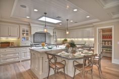 1512 Dolphin Terrace - traditional - kitchen - los angeles - Spinnaker Development  COLORING