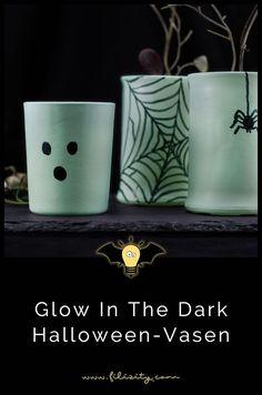 Halloween Deko Idee: Glow in the dark Vasen - ↠ DIY - Gruppe ↞ - Halloween Party, Diy Blog, Hygge, The Darkest, Diys, Glow, Tableware, Inspiration, Decorating Ideas