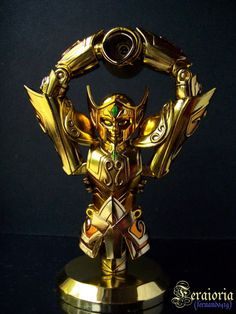 Armadura de Oro de Acuario