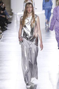 Marques' Almeida Fall 2015 RTW Runway – Vogue