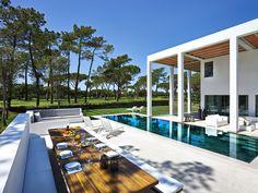 San Lorenzo House, Quinta do Lago, Portugal / de Blacam and Meagher Architects