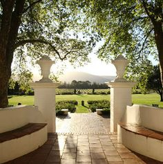 Interesting places to visit in South Africa. It was in 1791 when Philippus Wolvaart acquired Klein Drakenstein farm from the Dutch East India Company and renamed it Nederburg. Beautiful Places To Visit, Cool Places To Visit, Beautiful Homes, Cape Dutch, Dutch House, In Vino Veritas, Places Of Interest, Cape Town, The Great Outdoors