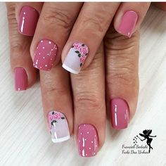 The 100 Trending Early Spring Nails Art Designs And colors are so perfect for Hope they can inspire you and read the article to get the gallery. Rose Nail Art, Rose Nails, Flower Nails, Spring Nail Art, Spring Nails, Stylish Nails, Nail Art Hacks, Nails Inspiration, Glitter Nails