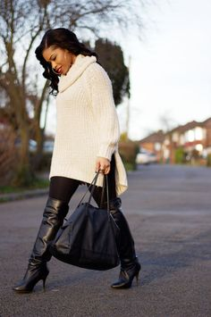 H&M Sweater, Leggings & Rings // ZARA Boots & Bag // RIVER ISLAND EarringsNot too long ago, I featured a sweater from H&M, and I thought I had found my all time favourite sweater......
