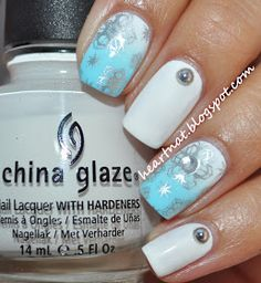 I used a base of China Glaze White Out and then did a white to baby blue gradient using acrylic paints. I stamped using BM 323 in Sally Hansen Insta-Dri Silver Sweep.