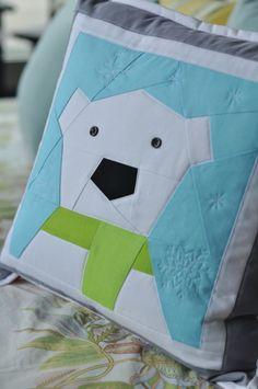 Paper Pieced polar bear pillow.  Adorable!