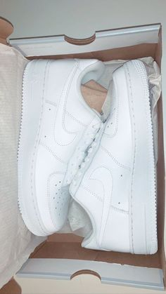 132 fashionable casual shoes for ladies page 12 Trendy Shoes, Cute Shoes, Me Too Shoes, Casual Shoes, Nike Shoes Air Force, Shoes Sandals, Shoes Sneakers, Heels, Fresh Shoes