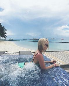 Maldives vibes! #blonde #girl #maldives
