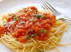 The Best Fresh Tomato Sauce Ever - smartbeyondwords.com
