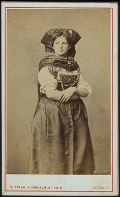 Girl in alsatian folk dress by Adolphe Braun Alsace, Vintage Photographs, Vintage Photos, Folk Costume, Costumes, Cave Drawings, Old Images, Classical Art, People Of The World