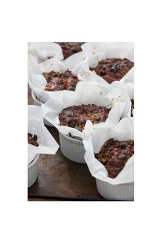 Individual Christmas cake recipe from Sarah Raven. These smaller, ramekin-sized cakes are perfect for presents and putting in people's stockings. Mini Christmas Cakes, Christmas Desserts, Christmas Treats, Xmas Cakes, Small Christmas Cake Recipe, Holiday Cakes, Christmas Cake Decorations, Xmas Food, Christmas Cooking