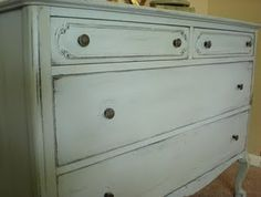 chalk paint dresser...my next project during thanksgiving break...now i just have to decide on a color
