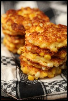 Corn fritters-took me forever to find a no frills recipe for corn fritters on here! I might just use frozen corn for this though.... - Dinner Party Menu Photo Sites