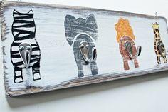Kindergarderobe im Shabby Stil von Lillis Handcraft....am liebsten selbstgemacht!! auf DaWanda.com