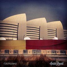 This creative photo of Sidra taken by zchizzerz is our Qatar Foundation Instagram photo of the day!   صورتنا لليوم على إنستقرام هي هذه الصورة الرائعة لمستشفى سدرة وهي من تصوير zchizzerz