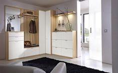 Home Interior, Interior Design Living Room, Home Entrance Decor, Home Decor, Best Closet Organization, Flur Design, Hallway Designs, Bedroom Closet Design, Ideas Hogar