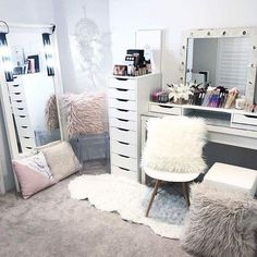 Whole body mirror, acrylic chair, barnes doily chair, malm dressing table, My New Room, My Room, Malm Dressing Table, Dressing Room, Home Design, Interior Design, Design Design, Makeup Vanities, Acrylic Chair