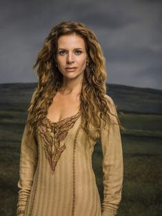 Vikings Season 2 Siggy offical picture - Vikings (tv-series) Photo (37686568) - Fanpop