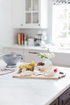 the 5 minute cheese plate | weekend entertaining