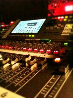 Roland M400 Digital desk - Mat Ricardo's London Varieties at Leicester Square Theatre - February 2013
