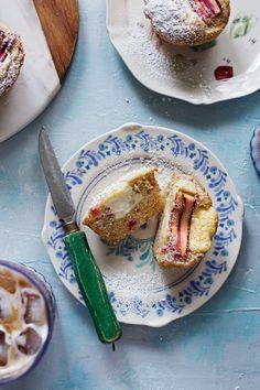 BROWN BUTTER RHUBARB CREAM CHEESE MUFFINSReally nice recipes.  Mein Blog: Alles rund um Genuss & Geschmack  Kochen Backen Braten Vorspeisen Mains & Desserts!