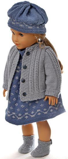 Patron vetement de poupee - La tenue de Printemps pour poupée - en bleu et gris