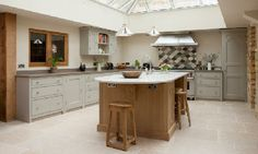 Symes Fine kitchens.