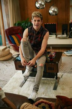Niall Horan I seriously love this picture! OMG❤️ i love Niall Horan Liam Payne, Louis Tomlinson, Greg Horan, James Horan, One Direction Fotos, I Love One Direction, Boys Who, My Boys, Florian David Fitz