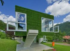 Oh, pure joy! This is soooo cool! Synthetic grass house in Frohnleiten Architecture Cool, Landscape Architecture, Astro Turf, Concrete Structure, Unusual Homes, Green Building, Large Windows, Inspired Homes, Building Design